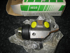 NEW L/H FRONT WHEEL BRAKE CYLINDER - FITS: FORD TRANSIT MKI (1968-76)