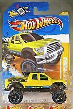 2012 Hot Wheels #40 New Models 40/50 '10 TOYOTA TUNDRA Yellow w/Black OROH6 Sp