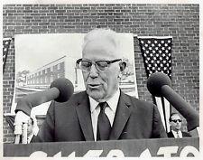 1968 Original Photo US Supreme Court Justice Earl Warren dedicates Roscoe Pound