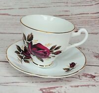 Hamilton Made In England Fine Bone China Red Rose Tea Cup And Saucer Gold Trim