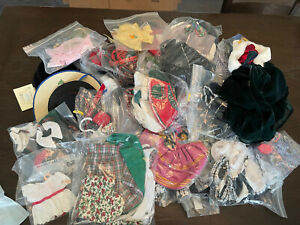HUGE  Lot of 37 Muffy Hoppy Vanderbear Wear CLOTHES & ACCESSORIES 1990's Nabco