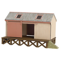 Bachmann 44-006 OO Gauge Corrugated Goods Shed