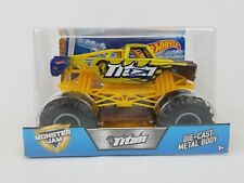 Hot Wheels Monster Jam Titan Truck 1:24 scale