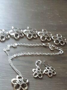 BRIGHTON OPEN FLOWER SWARVOSKI CRYSTAL TWO TONE Necklace Bracelet Earrings Set