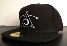 BLACK SCALE X NEW ERA 666 PIRAMIDE LOGO MENS HAT FITTED HAT SIZE 7 3/4 61.5 cm