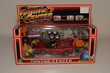 V 1:40?? TUNING CENTER DIORAMA GARAGE WITH FERRARI F50 RED MINT BOXED
