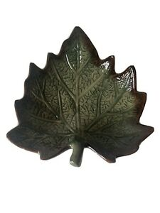 """Maple Leaf Shaped Tray Plate 7"""""""