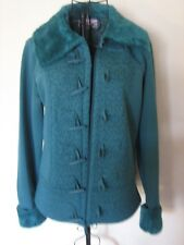 "A STYLISH WOMENS GREEN PER UNA WARM JACKET SIZE MED PIT-PIT APPROX 19""-20"""