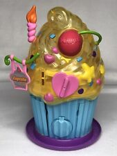 "Squinkies CUPCAKE Bakery Birthday Cake House Dispenser Playset Blip Toys ""ONLY"""