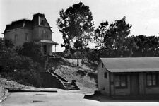 New 5x7 Photo: The Bates Motel of Psycho - 1960 Horror Movie Film Picture