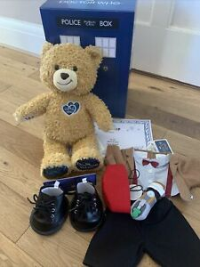 Build A Bear -Exclusive Doctor Who Bear Eleventh Doctor Dalek Gift Set