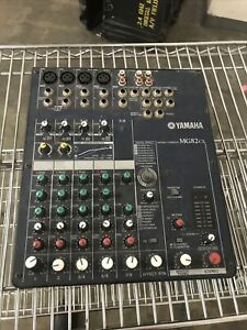 Yamaha MG82cx Mixing Console Audio Mixer with Effects