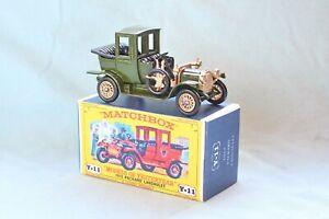 Matchbox Yesteryear Y11-2 Packard Landaulet (1912) - Code 3 (E12)