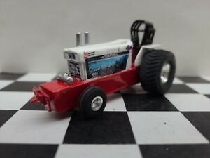 Custom Scratch built INTERNATIONAL 1:64 TRACTOR Pro Stock PULLER PULLING ERTL IH