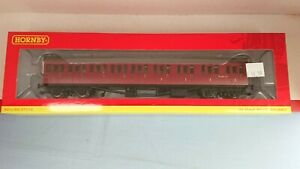 "Hornby R4879 BR Collett Suburban Composite (RH) Coach ""W6631W NEW"