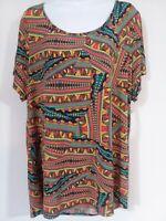 LuLaRoe Classic T Plus Size  3XL Short Sleeve Scoop Neck Abstract Print Tunic