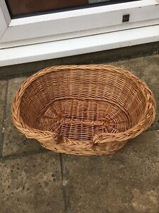 VINTAGE Wicker Pet Bed Basket Oval Strong 49 cm x 35cm Cat Or Small Dog