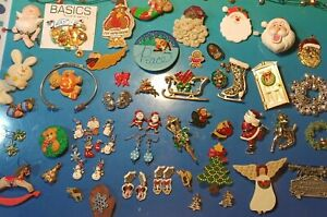 Holiday Brooches And Jewelry