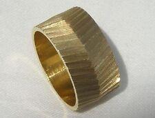 Solid 14K Gold Arrow Cut Wedding Band Ring