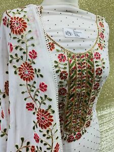 White Sindhi embroidery fabric set SP375-2 midtex