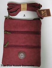 1xAustralian Souvenir Travel Bags 3 Zipper Compartment Maroon Kangaroo Australia