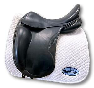 "Used Equipe Olympia Monoflap - Size 17.5"" Dressage Saddle Black"