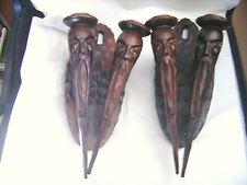 Belle paire de chandeliers muraux vintage en bois sculpté Hauteur 38 cm