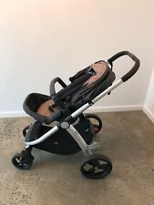 Mountain Buggy Cosmopolitan Pram with Bassinet