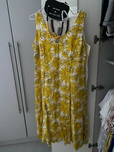 Per Una M & S Yellow sundress with Necklace NEW