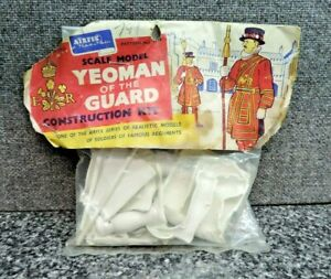 Airfix Yeoman of the Guard Construction Model Kit England Bag Header Card Figure