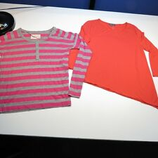 LOT OF 2 TWO VINCE CAMUTO LONG SLEEVE TEE T SHIRT SHIRTS Sz Womens S & XS
