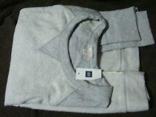 BNWT GAP Gray Sweatshirt (Medium)