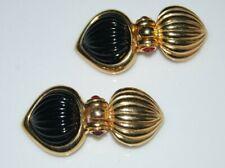ELEGANT VINTAGE GOLD TONED METAL & RIBBED BLACK GLASS CABOCHON CLIP ON EARRINGS
