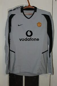 Boys Manchester United 2002 2003 2004 Long Sleeve Nike Goalkeeper Shirt Jersey