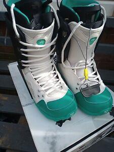 Mens Rome SDS Libertine Snowboarding Boots Size US 10 UK 9.5 EU 43