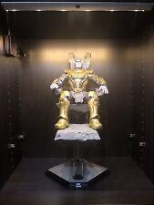 Hot Toys Thanos Figure