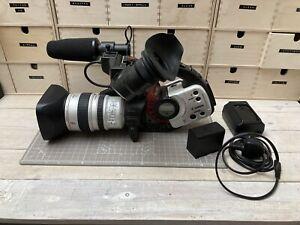 Canon DM-XL1S Digital NTSC Mini DV 16x Zoom Camcorder Video Transfer W Battery