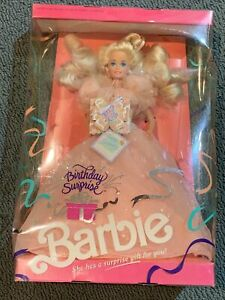 VTG 1991 Birthday Surprise Barbie - Mattel 3679 NIB - Cracked Plastic On Right