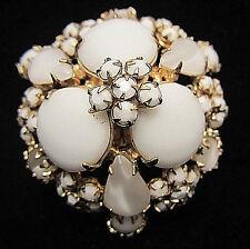 "Rare Vintage 1-3/4"" Signed Schreiner New York Moonstone Milk Glass Brooch Pin A6"