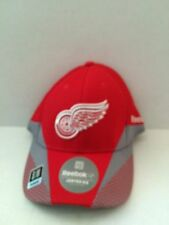 Detroit Red Wings Reebok Center Ice 2013 Practice Stretch fit hat S/M Red
