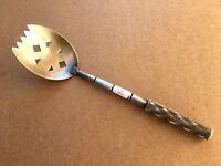 (n°2)  ustensile de cuisine /  cuillère à absinthe ancienne