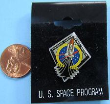 NASA souvenir PIN vtg STS-135 Space Shuttle ATLANTIS Final Shuttle Mission MOC
