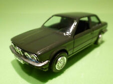 GAMA 1166 BMW 323i E30 - DARK GREEN - 1:43 - RARE SELTEN - GOOD CONDITION