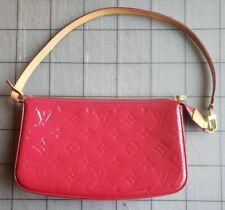 Authentic LOUIS VUITTON Monogram Vernis Pochette In Rose Indian