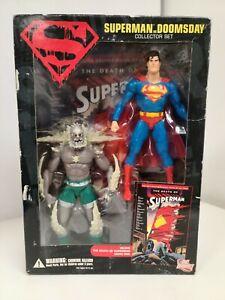 DC Direct Superman VS Doomsday   Action Figure + Comic Set   Factory Sealed