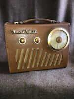 Heathkit - Model UXR1 - Transistor Portable Radio