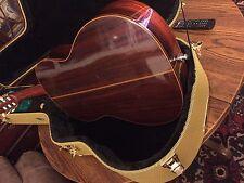 Ventura V-1600 Classical Guitar with case, Rare, Japan