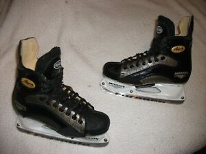 MISSION AMP 3 ICE HOCKEY SKATES SIZE 8 D HIGH END,VERY NICE SHAPE SEE PICTURES