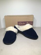 Clarks Women's Size 5M Blue Suede Slip On Mule Scuff Slippers X23-889