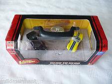 Johnny Lightning 1966 SHELBY COBRA vs 2005 FORD GT 2-Pack Set '05 GT & '66 Cobra